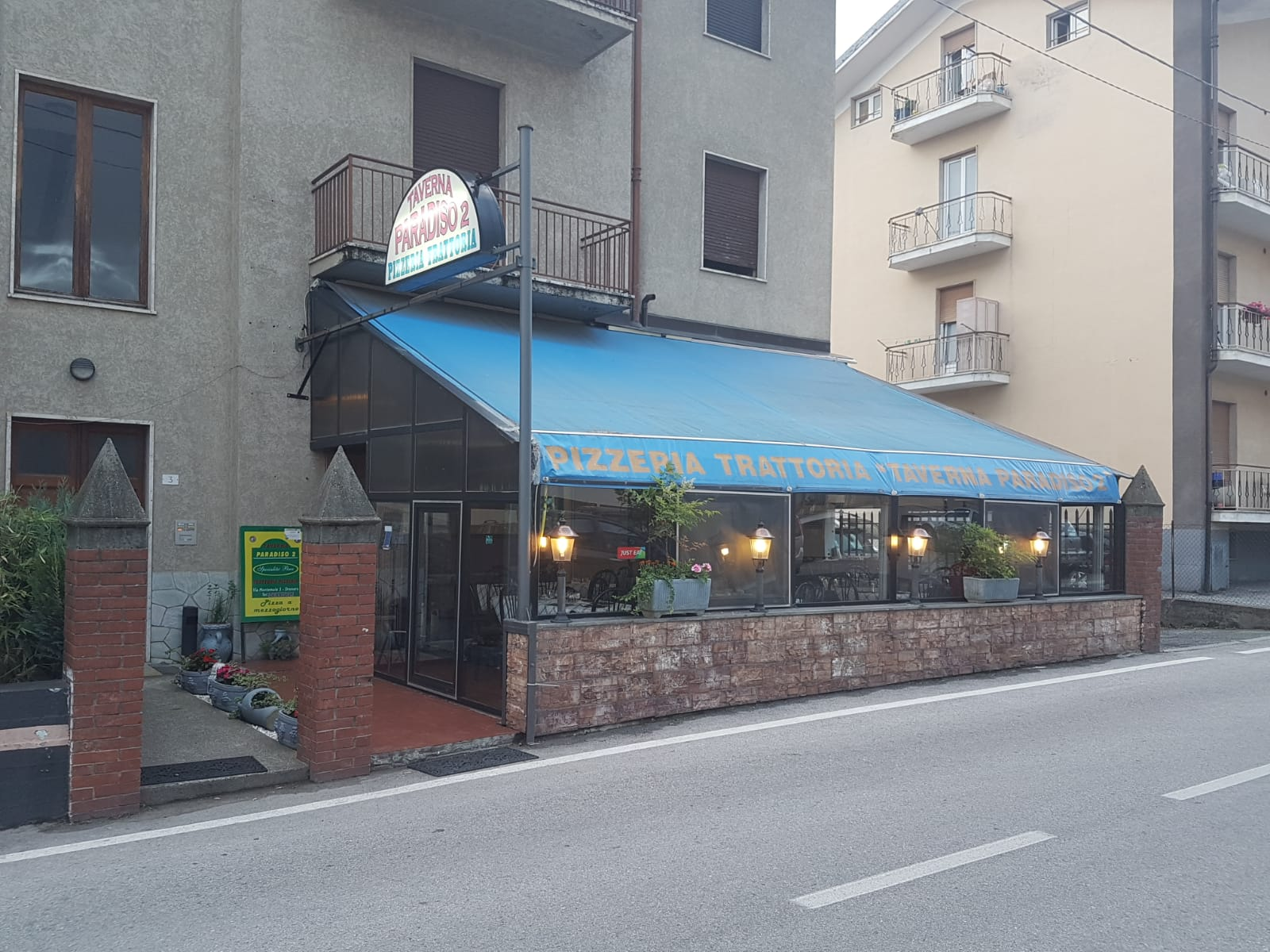 Pizzeria Trattoria Taverna Paradiso 2